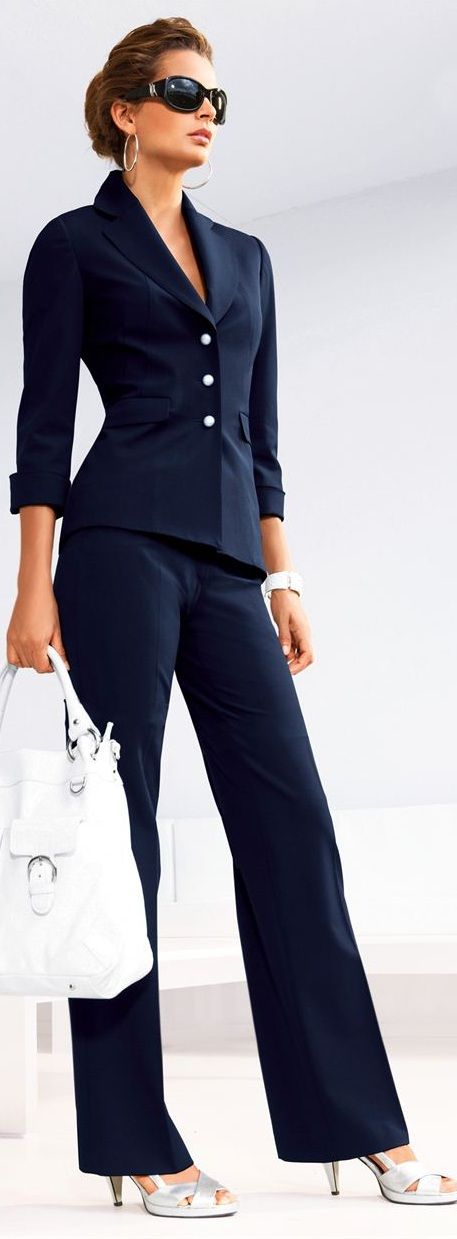 Navy-blue, a Fabulous Color – Style Tips